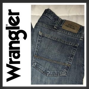 Wrangler jeans 34 x 32.  Relaxed Boot.